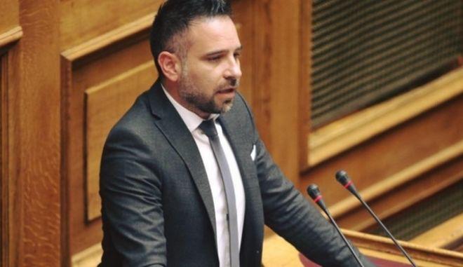 Εκτός Ενωσης Κεντρώων ο βουλευτής Γιώργος Κατσιαντώνης