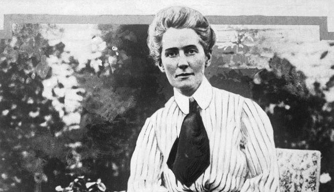 Η Έντιθ Κάβελ, έσωσε στρατιώτες χωρίς διακρίσεις κατά τη διάρκεια του Πρώτου Παγκοσμίου Πολέμου, συνελήφθη και εκτελέστηκε