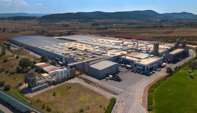Coca Cola Τρία Έψιλον: Ολοκληρώθηκε η επένδυση 24 εκατ. ευρώ στο Σχηματάρι Mega-Plant