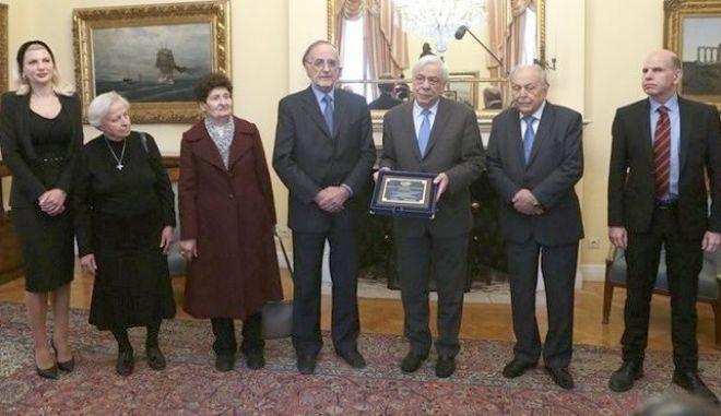 Προκόπης Παυλόπουλος: Συνάντηση με την Ένωση Συγγενών Πεσόντων στο Αλβανικό Μέτωπο