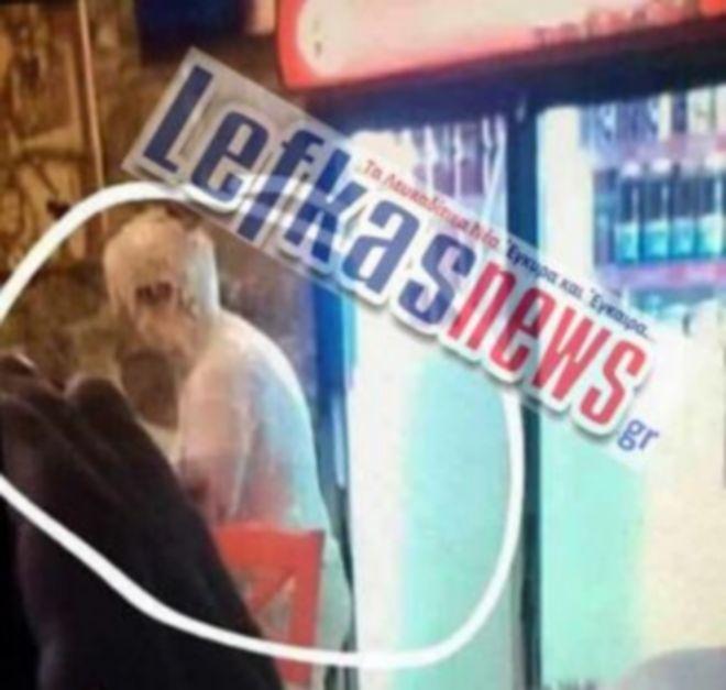 Ντοκουμέντο: Η εφοριακός μετά την επίθεση με χυλό κρέπας