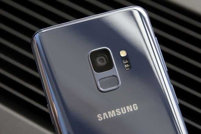 This Wednesday Feb, 21, 2018, photo shows the camera lens of a Samsung Galaxy S9 mobile phone during a product preview in New York. The Galaxy S9 phones were unveiled Sunday, Feb. 25, in Barcelona, Spain, and will be available March 16. Advance orders begin this Friday. (AP Photo/Richard Drew)