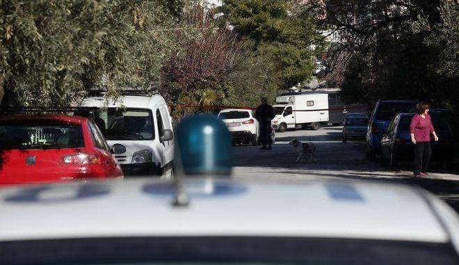 Έρευνες της Αστυνομίας επί της οδού Ζαΐμη 14 στην Ηλιούπολη σε κατοικία όπου σύμφωνα με πληροφορίες, η Πόλα Ρούπα χρησιμοποιούσε ως κρησφύγετο, την Πέμπτη 5 Ιανουαρίου 2017. (EUROKINISSI/ΓΙΑΝΝΗΣ ΠΑΝΑΓΟΠΟΥΛΟΣ)