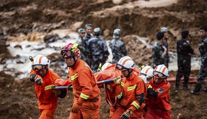 Κίνα: Τουλάχιστον 20 νεκροί εξαιτίας κατολίσθησης