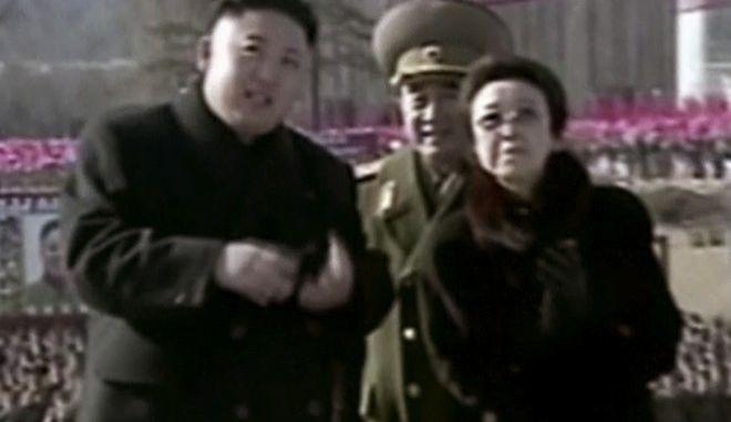 O Βορειοκορεάτης ηγέτης Κιμ Γιονγκ Ουν μαζί με τη θεία του, Κιμ Κιονγκ Χούι