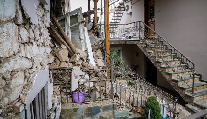 Καταστροφές στο χωριό Δαμάσι από τον σεισμό στην Ελασσόνα