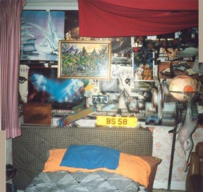 Μηχανή του Χρόνου: Τα εφηβικά δωμάτια των '80ς - Αφίσες, αυτοκόλλητα και περιοδικά