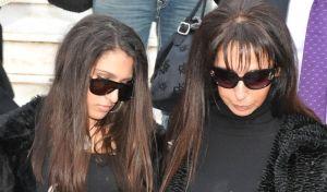 Η μητέρα του Αλέξανδρου Γρηγορόπουλου, Τζίνα Τσαλικιάν και η αδελφή του
