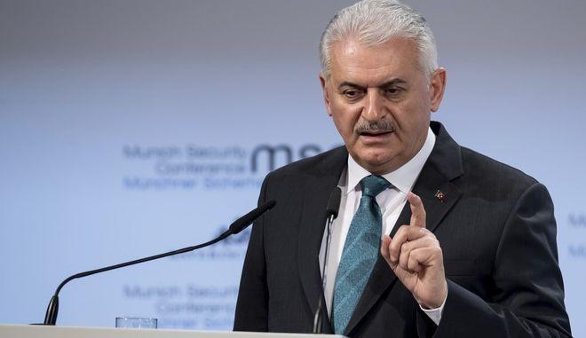 Ο Τούρκος πρωθυπουργός Μπεναλό Γιλντιρίμ  (Sven Hoppe/dpa via AP)
