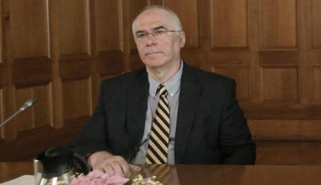 Εκπρόσωπος Ελλάδας στο ΔΝΤ: Θα πείσουμε τους εταίρους για τα αδιέξοδα