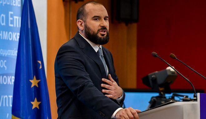 Ενημέρωση των πολιτικών συντακτών πό τον κυβερνητικό εκπρόσωπο Δημήτρη Τζανακόπουλο