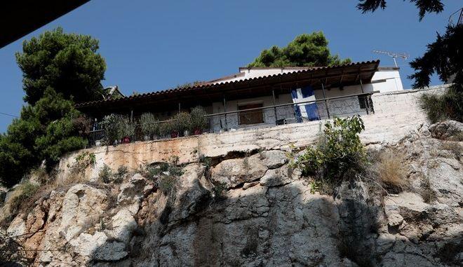 Το σπίτι του 81χρονου στο Πέραμα όπου τον δολοφόνησαν