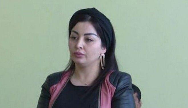 Η διάσημη στο Τατζικιστάν τραγουδίστρια Φιρούζα Χαφίζοβα που θα κληθεί να πληρώσει πρόστιμο