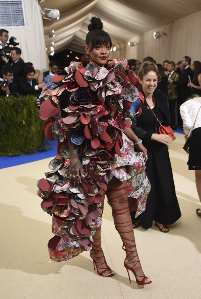 Rihanna, στα  Met Gala to 2017