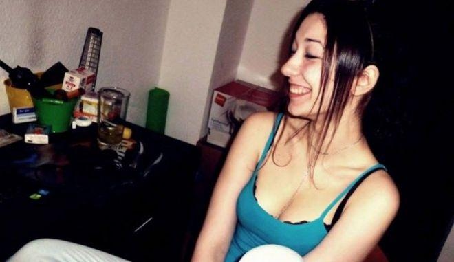 Αυτοκτονία με 'άρωμα' σατανισμού στην Κεφαλονιά: Η Interpol είχε βγάλει σήμα για την 23χρονη
