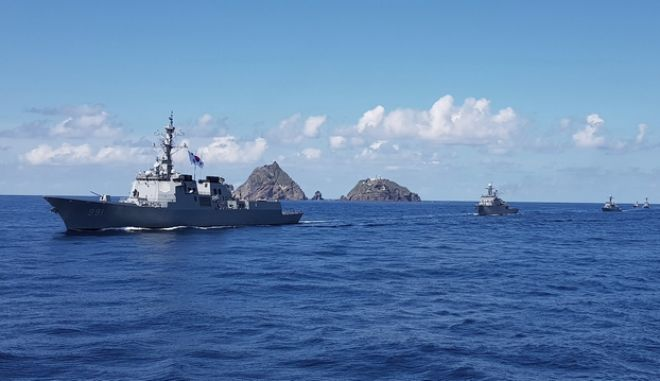 Πολεμικά πλοία. Φωτο αρχείου.