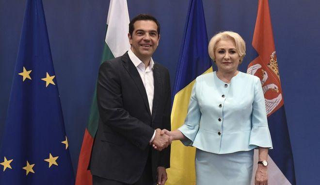 O πρωθυπουργός Αλ. Τσίπρας και η Ρουμάνα ομόλογός του, Βιόριτσα Ντανσίλα