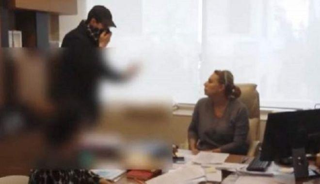 Γ.Ρούσκας: Προσχηματική η επίθεση Ρουβίκωνα στο συμβολαιογραφικό γραφείο