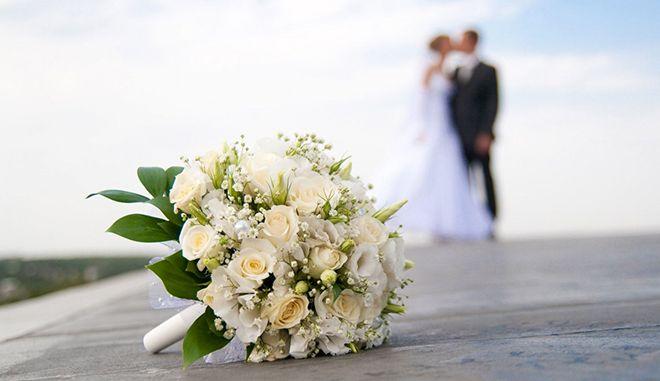 Πόσο κοστίζει να παντρευτείς στην Ελλάδα σήμερα;