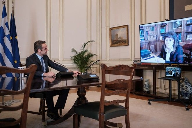 Τηλεδιάσκεψη του πρωθυπουργού Κυριάκου Μητσοτάκη με την ΠτΔ Αικατερίνη Σακελλαροπούλου