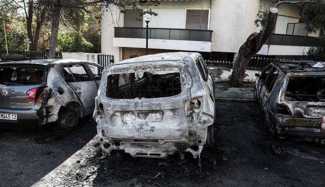 Από τον εμπρησμό αυτοκινήτων στο Μαρούσι