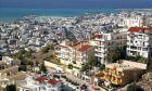 Η κατοικία στην Ελλάδα: Μετακομίζουμε δύσκολα, προτιμάμε τις πόλεις και δίνουμε όλα τα λεφτά για τις στεγαστικές ανάγκες