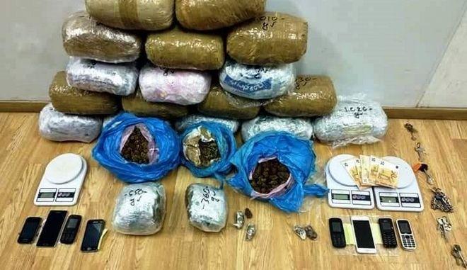 Εξαρθρώθηκε κύκλωμα εμπορίας και διακίνησης ναρκωτικών στο κέντρο της Αθήνας