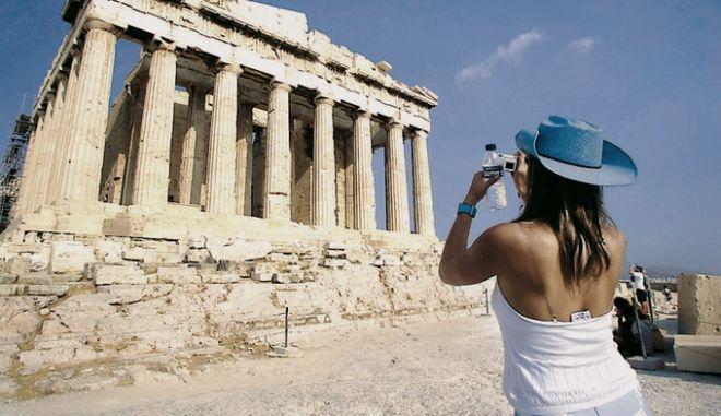 Αύξηση κατά 17,3% στα τουριστικά έσοδα το Σεπτέμβριο