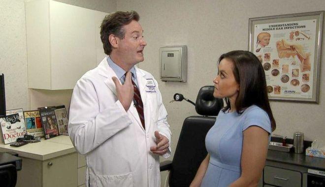 Ο Γιατρός που διέγνωσε τον καρκίνο από την τηλεόραση εξηγεί την ιστορία του στην αμερικανική τηλεόραση