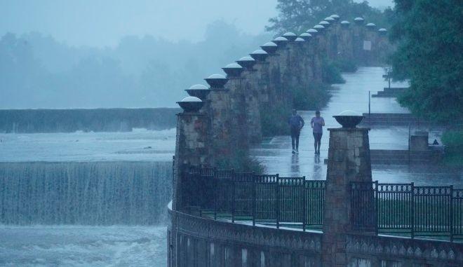 Ισχυρή βροχόπτωση στο Τέξας