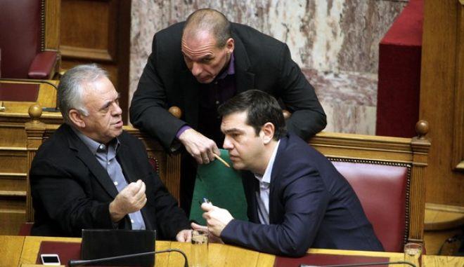 Συνεδρίαση της Βουλής με αντικείμενο την εκλογή Προέδρου της Βουλής την Παρασκευή 6 Φεβρουαρίου 2015. (EUROKINISSI/ΓΙΩΡΓΟΣ ΚΟΝΤΑΡΙΝΗΣ)