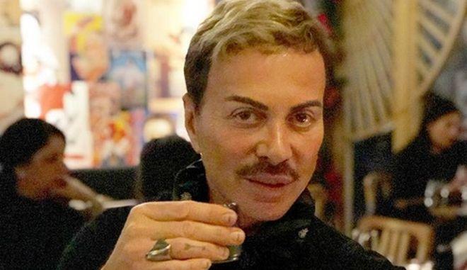 Λάκης Γαβαλάς, σχεδιαστής μόδας