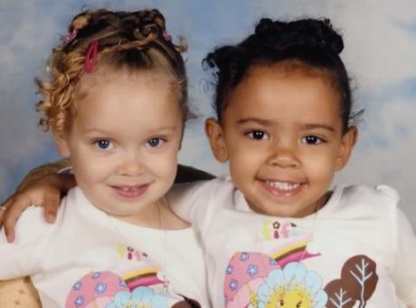 Νεαρά μαύρα κορίτσια