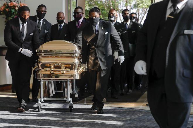 Καρέ από την κηδεία του Τζορτζ Φλόιντ