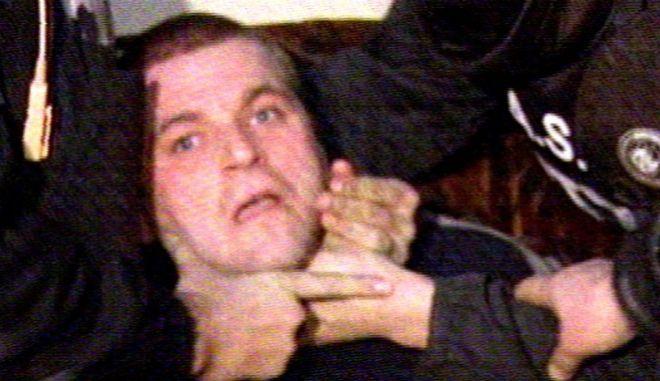 Φωτογραφία από τη σύλληψη του Κώστα Πάσσαρη