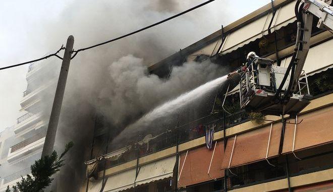 Πυρκαγιά σε διαμέρισμα πολυκατοικίας στη Νέα Σμύρνη