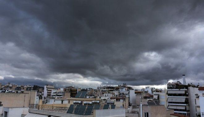 Σύννεφα πάνω από την Αθήνα την Κυριακή 1 Οκτωβρίου 2017. (EUROKINISSI/ΘΟΔΩΡΗΣ ΚΑΡΑΚΟΖΙΔΗΣ)