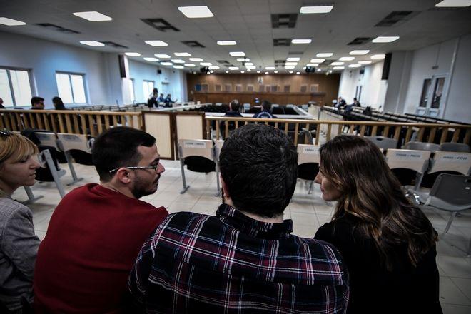 Η σύντροφος του Πρωθυπουργού Μπέτυ Μπαζιάνα στην δικαστική αίθουσα των φυλακών Κορυδαλλού όπου διεξάγεται η δίκη της Χρύσης Αυγής