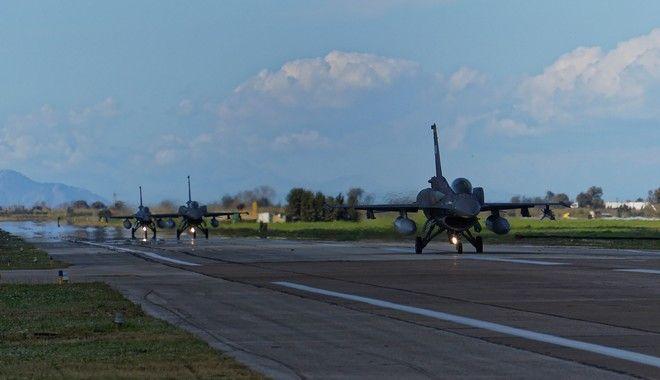 Τροχοδρόμηση F-16