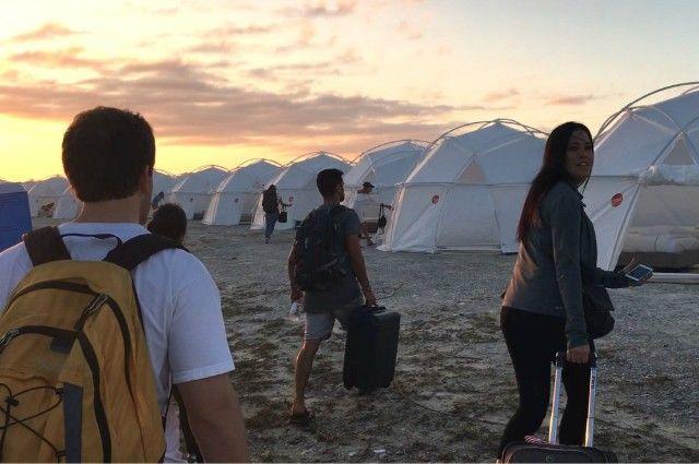 Το φιάσκο του Fyre Festival: Πώς πουλήθηκε ένα ψεύτικο όνειρο πριν γίνει εφιάλτης