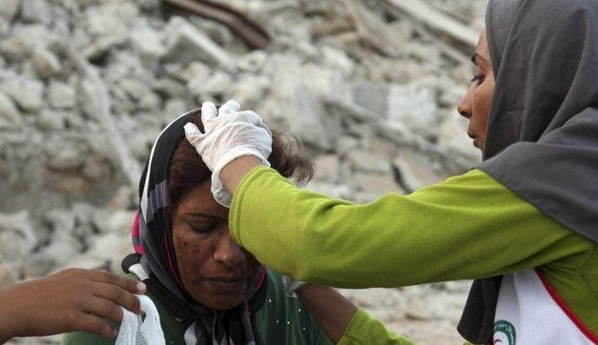 Καταστροφικός σεισμός στο Ιράν. Θύματα και ζημιές