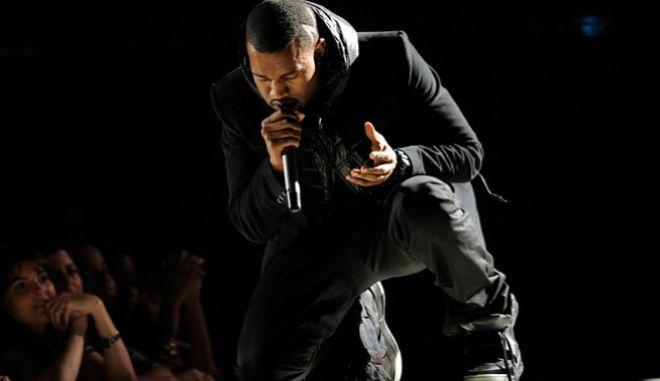 Ο Κάνιε Γουέστ, στα 50th Annual Grammy Awards, την Κυριακή 10/2 του 2008, στο Λος Άντζελες.