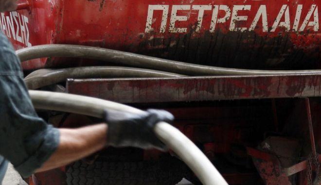 Ηράκλειο: Έκλεψαν από βυτιοφόρα περισσότερο από έναν τόνο πετρέλαιο
