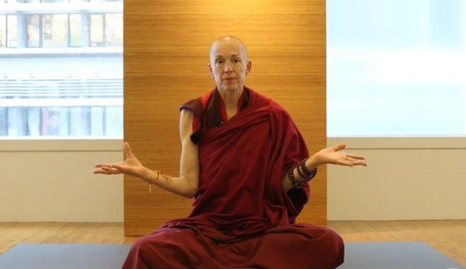 Πρώην τραπεζίτης που έγινε Βουδίστρια μοναχή αποκαλύπτει: 'Αυτό είναι το μυστικό της ευτυχίας'