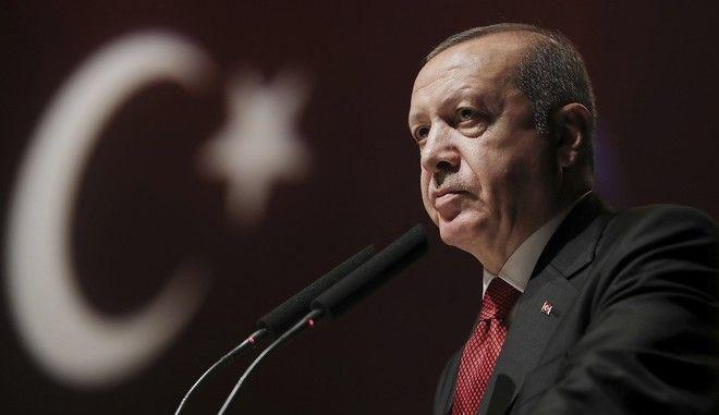 Ο Τούρκος πρόεδρος Ρετζέπ Ταγίπ Ερντογάν σε ομιλία στην Κωνσταντινούπολη