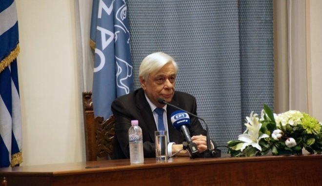 Παυλόπουλος: Η Ελλάδα είναι αποφασισμένη να υπερασπισθεί στο ακέραιο τα σύνορά της