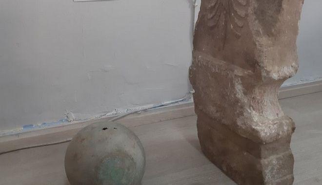 Αρχαία αντικείμενα που βρέθηκαν στο σπίτι του 44χρονου