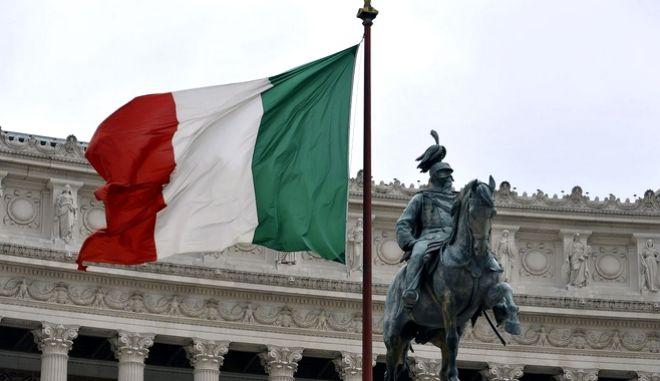 Η βραδυφλεγής βόμβα της ιταλικής οικονομίας