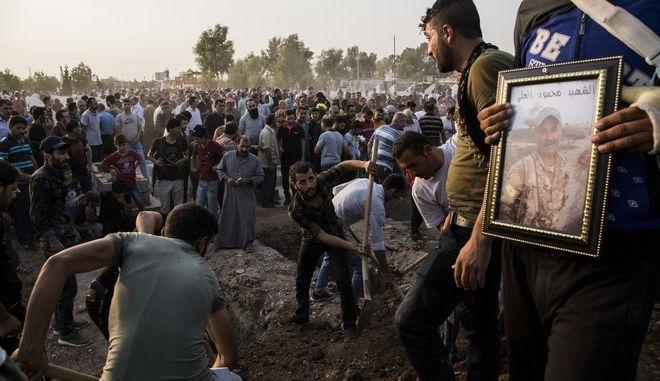Εικόνα από κουρδικό χωριό στη Συρία