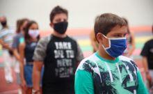 """Κορονοϊός: Πόσο διαρκεί η """"μακρά Covid - 19"""" στα παιδιά - Τα συνήθη συμπτώματα"""